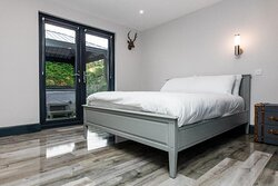 Our stunning reformed 3 bedroom bungalow to rent all year round. Including private hot tub.