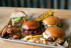 St. Louis, Puller pork, Cheese burger y Brisket burger. Nos gustan todas!!