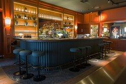 Un bar incontournable de la presqu'île.