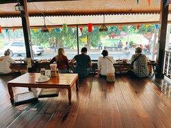 Hoikha Rimnan Restaurant