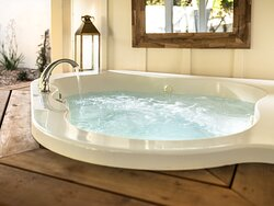Garden Suite private hot tub