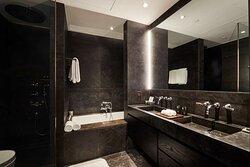 Studio 50 Bathroom