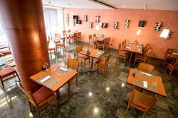 Tulip Inn Andorra Delfos Hotel - Restaurant Tapad'era