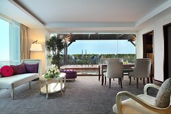 Living Room with Gazebo - Royal Suite