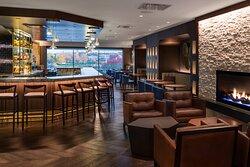 Kahill's Chophouse Bar & Lounge