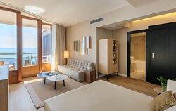 DGran Melia De Mar Red Level Master Suite Living