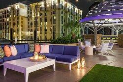 Upper East Lounge
