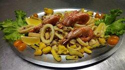 fritto misto con verdure pastellate