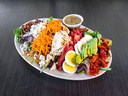 You're only a few clicks away from an incredible meal from Flancer's! Just visit our website, choose from among our gourmet sandwiches, appetizers, salads, pizza, burgers, and more, and then come by and pick it up or sit back and wait for delivery. Couldn't be easier!
