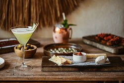 Cocktails and tapas