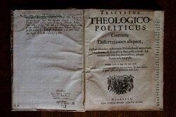 The Tractatus Theologico-Politicus. The start of the seculair democratic era.