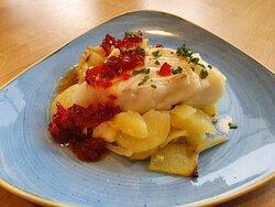 Bacalao con patatas al horno