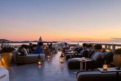 54 Cocktail Lounge & Skybar