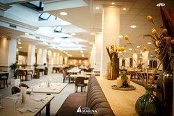 New buffet restaurant with a large variety of internation dishes.