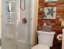 The SUMMER SET room has its own private bath with a beautiful walk-in shower.