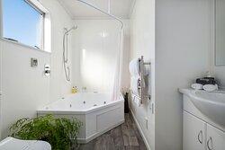 Spa Studio Bathroom