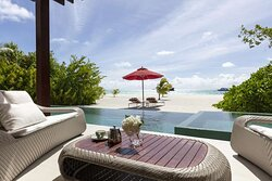 One-bedroom beach pool pavilion with private patio