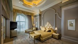 Emirates Palace Palace Suite Pearl Bedroom