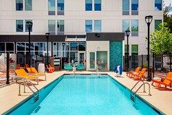Splash - Outdoor Pool