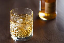 El Modernista Bar - Whisky