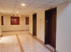 1222-elevator