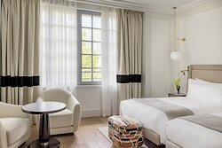 Premium Twin Bedroom