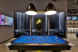 Re:mix Lounge - Pool Table
