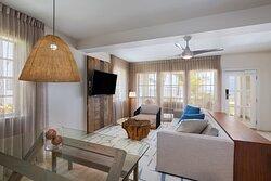 Two-Bedroom Oceanview Reef House - Living Room