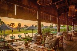 Pool Restaurant -  Bay Phsar
