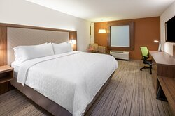 King Bed Guest Room in new Holiday Inn Express Orlando South Park