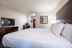 Pine Bluffs WY King Guestroom