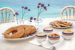 Breads to share with Mediterranean meze