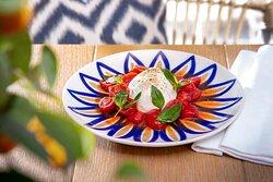 Burrata with tomatoes