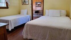 Bedroom in cottage 5