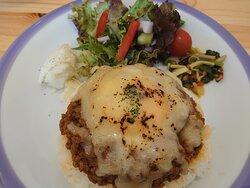 20.06【パラキート】ドライキーマカレー+焼きチーズ