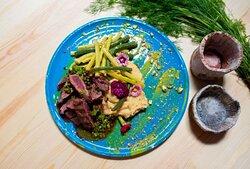 Polędwica z jelenia/ Deer tenderloin steak