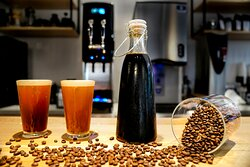 NITRO has arrived in Honduras! Cold brew infused with Nitrogen served only using high end specialty coffee (currently 87 and 88 Cup profiles). Enjoy this most delicious NITRO in the world!