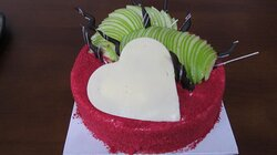 Red Velvet Cheese Cake with Green Apple...