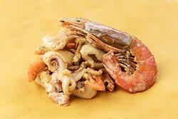 Il coppo di pesce fritto