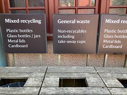 The paper cups are not 'recycable' (think they mean recyclable)