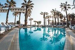 Cabana Mare Beach Resort