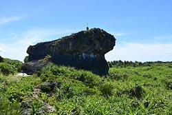 裏側からの帯岩