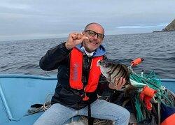 Excursion de Pescaturismo Galicia en Cangas navegando por las Islas Cies