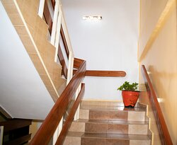 MPETA HOUSE STAIR CASE