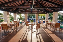 Outdoor Pool Dining Area
