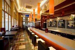 001677 Bar/Lounge