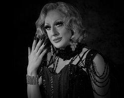 drag queen , transformiste lady maxx l'artiste
