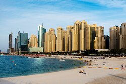 Shop, dine and stroll by the sea at Jumeirah Beach Residences