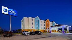 Welcome to the Best Western Ingleside Inn & Suites!