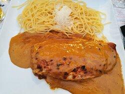 Escalope milanaise, bolognaise, pave de boeuf, Cage gourmand, tiramisu, glaces